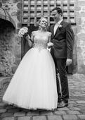 Svadobné šaty princeznovské zdobené kamienkami, 36