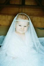 To není nevěsta :o) - naše Zlatíčko
