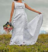 Svadobné šaty na nízku postavu., 36
