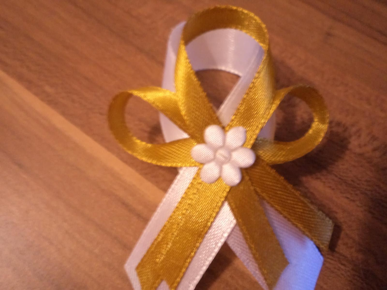 Svadobné pierka 7,5 cm rôzne farby - Obrázok č. 2