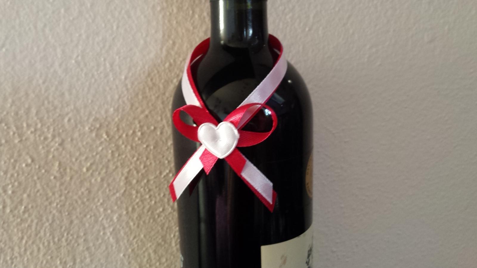 Pierka mašličky na svadobný alkohol - Obrázok č. 1