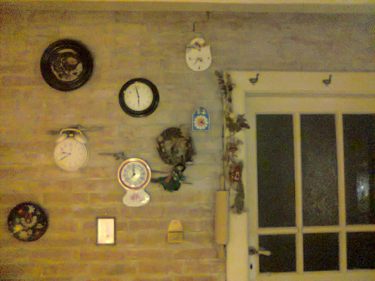 """Naša """"oddychovka"""" - zbierka hodín-dôchodkýň"""