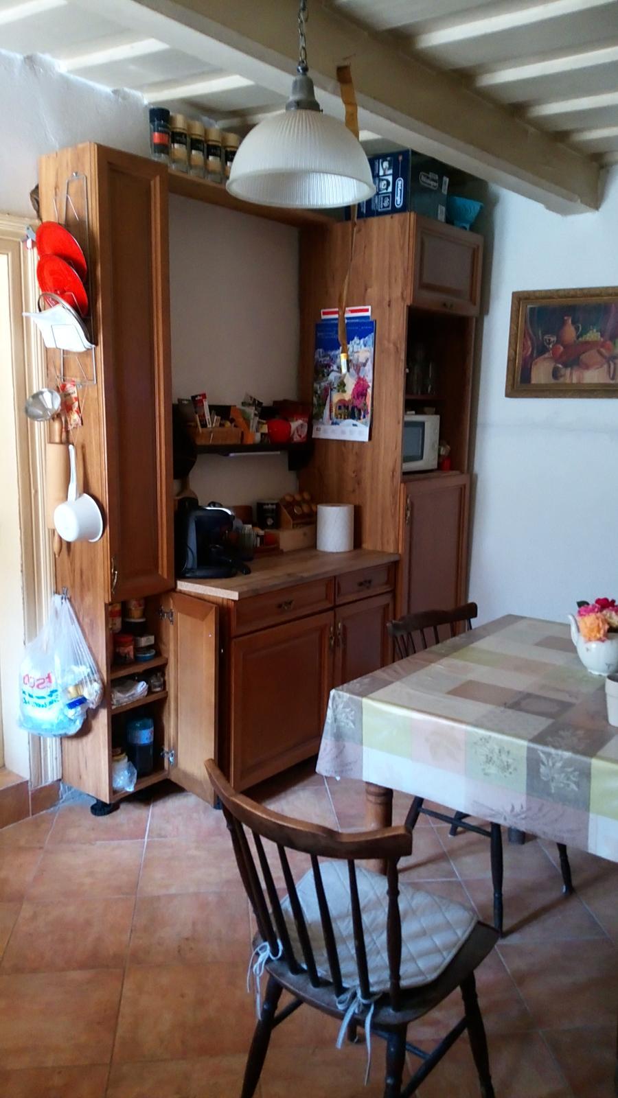 """Naša """"oddychovka"""" - Kuchyňa - ešte horná časť skriniek chýba, snáď raz... Stav 08/2019"""
