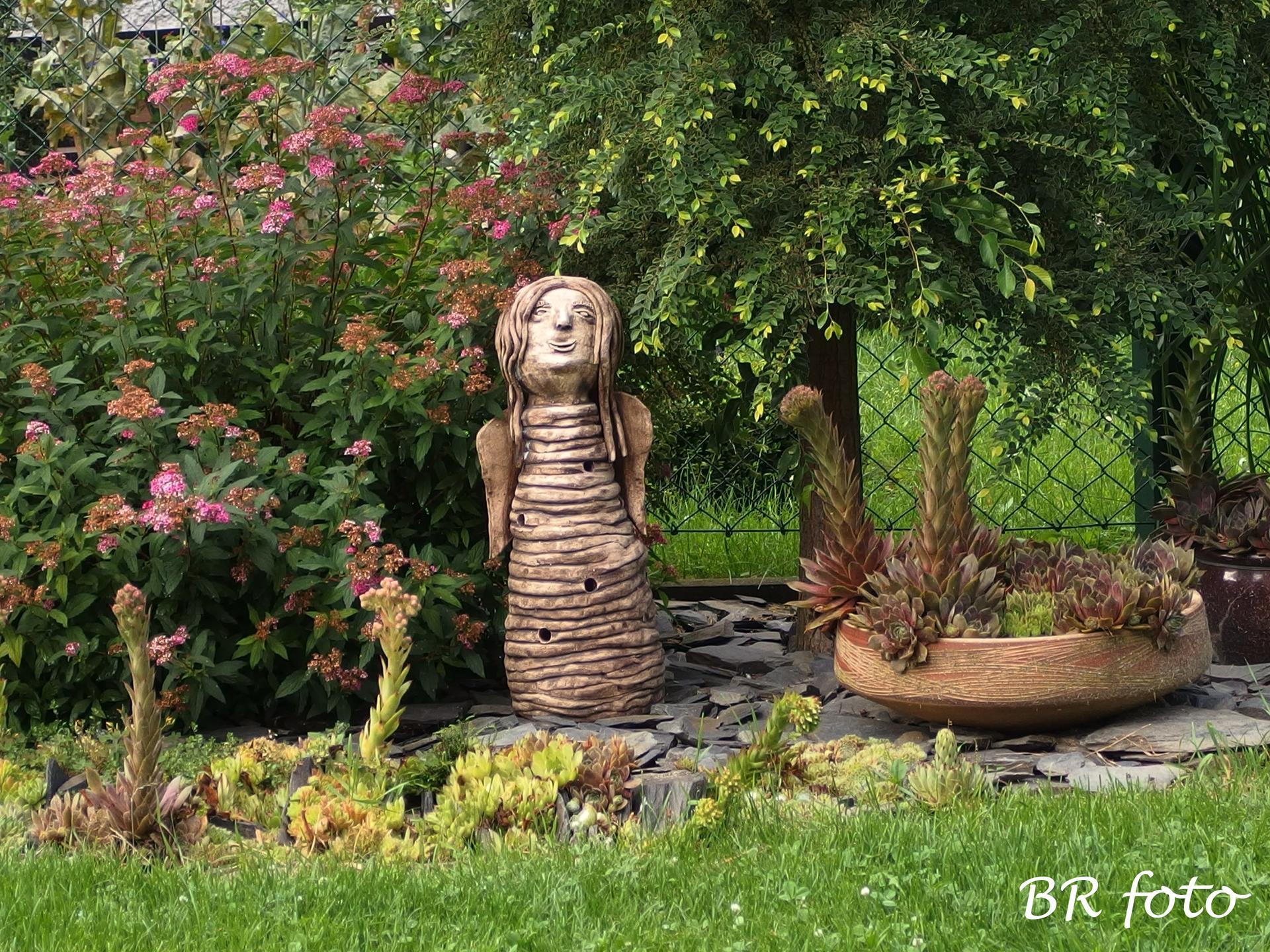 Zahrada v létě - Amálka
