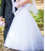 Jednoduche svadobne saty, 40
