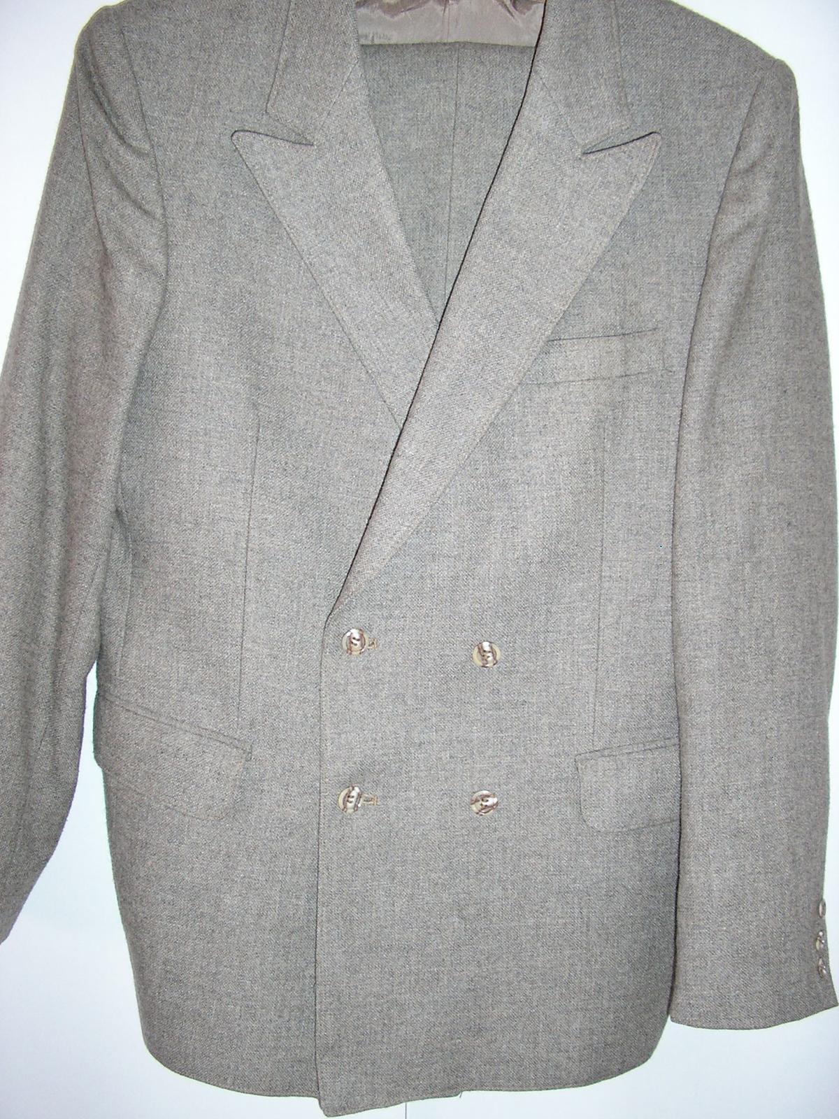 479. Oblek pre svad. otca                   - Obrázok č. 1