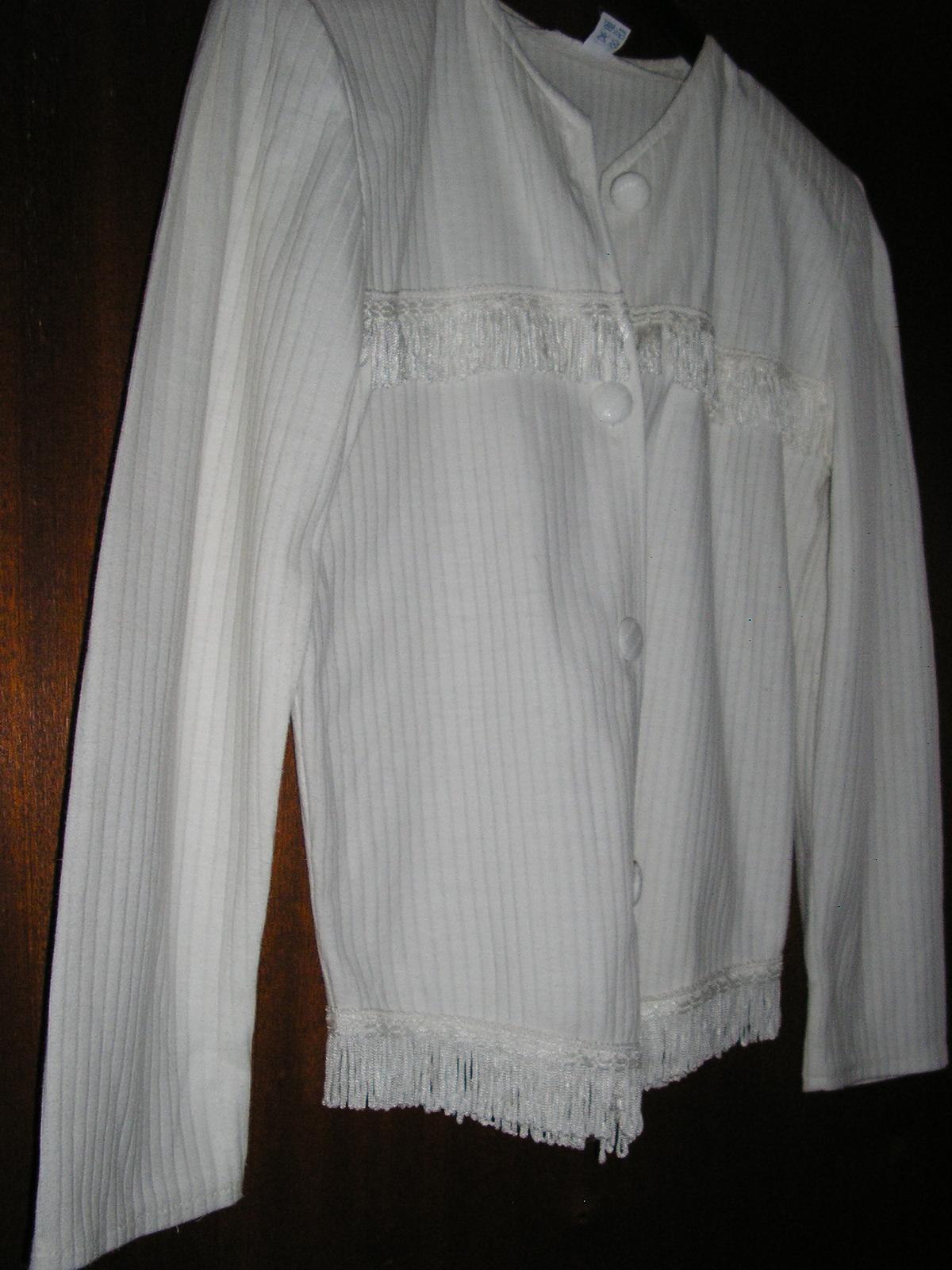 529. Biela blúzka príp. kabátik - Obrázok č. 1