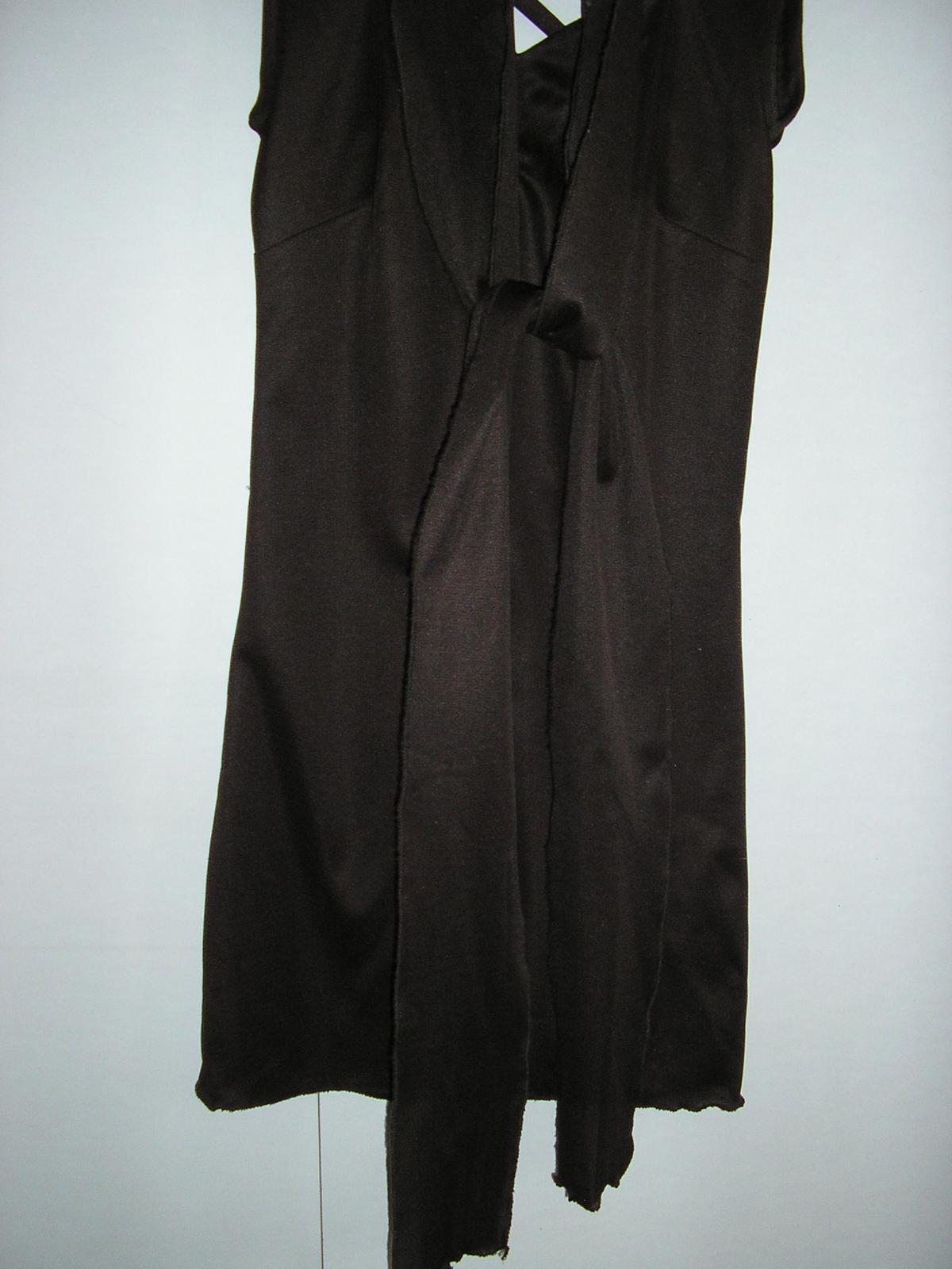 565. Tm. hnedé šaty 3 dielne - Obrázok č. 1