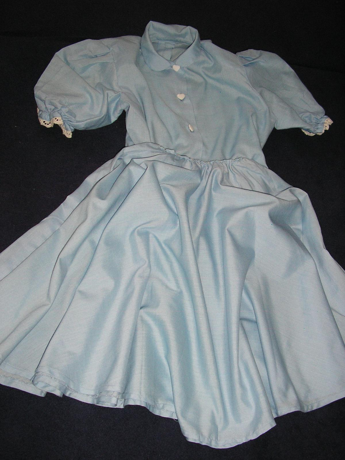 553. Dvojdielne diev. šaty - Obrázok č. 4