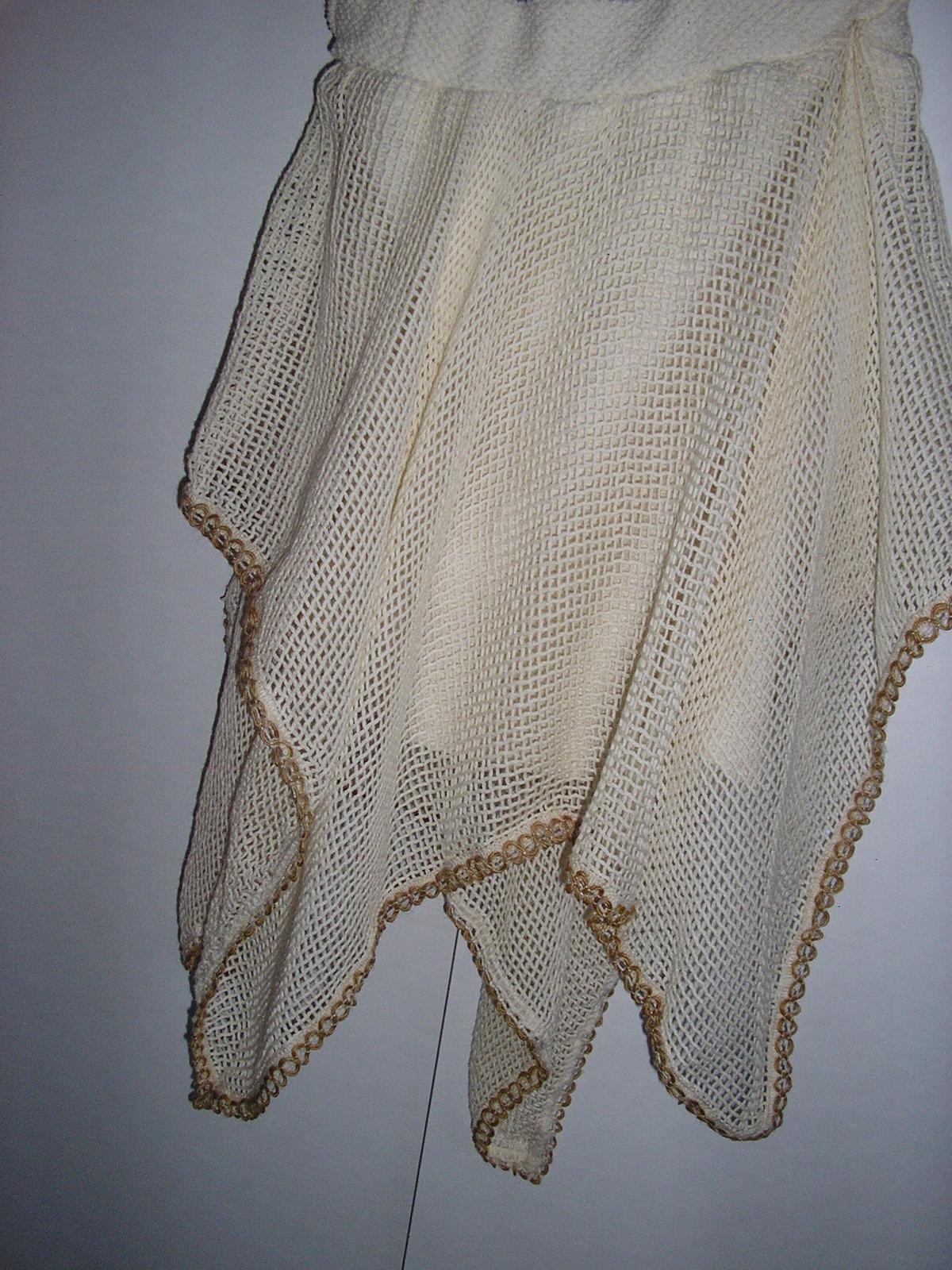 692. Diev. dvojdielne šaty - Obrázok č. 3