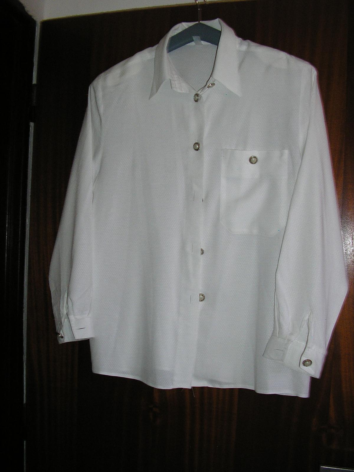 697. košeľa - Obrázok č. 1