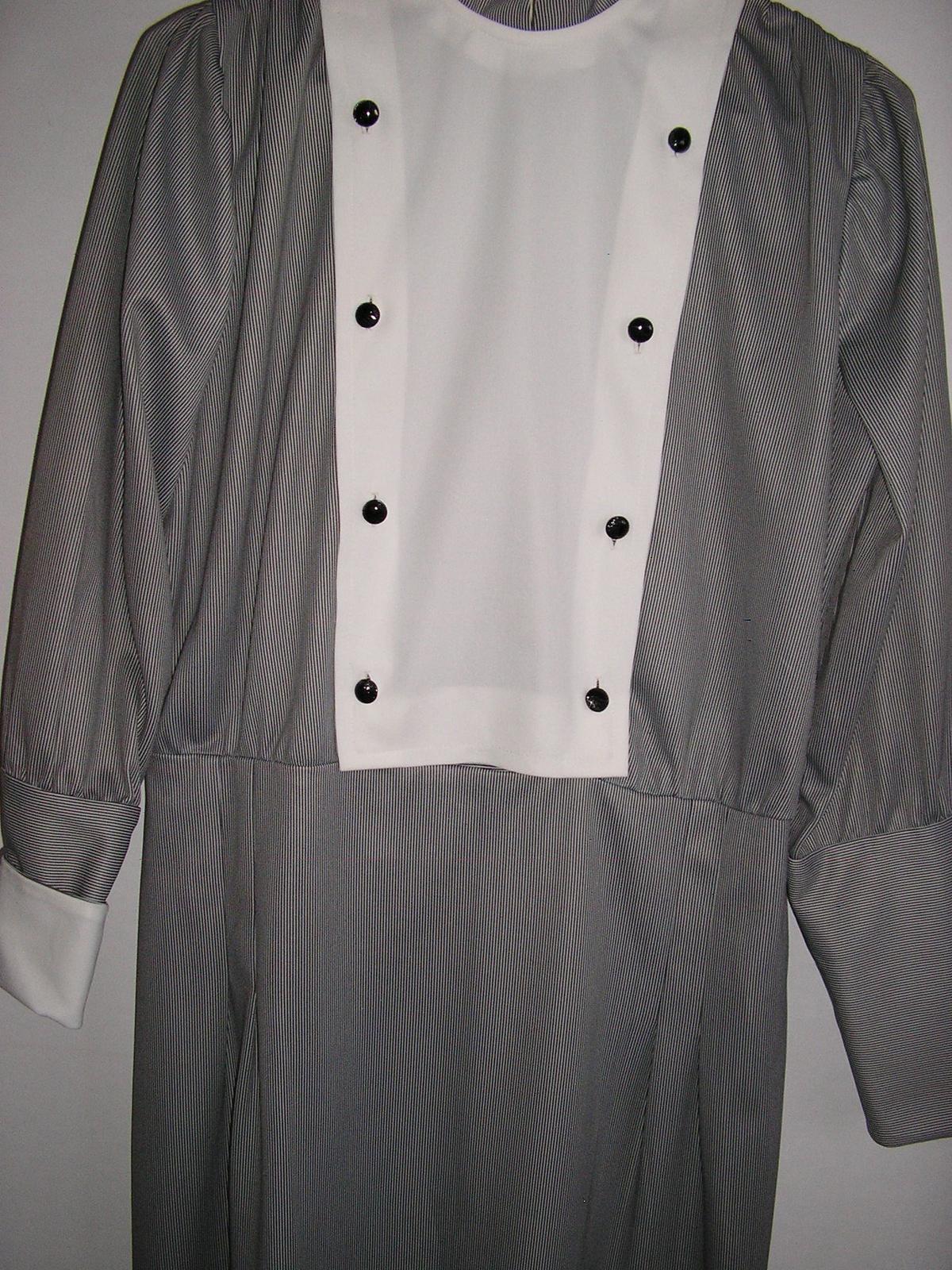 711. Dámske šaty - Obrázok č. 1