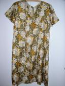 734 . Hodvábne šaty pre babku, XL