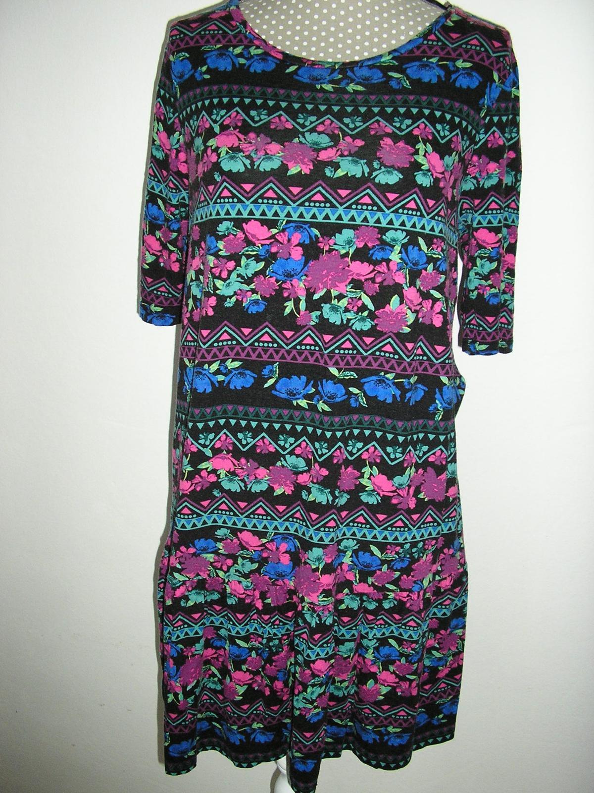 873. šaty - Obrázok č. 1