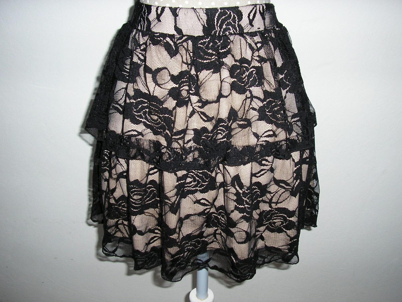 875.  Atmosphere spoloč. sukňa - Obrázok č. 1