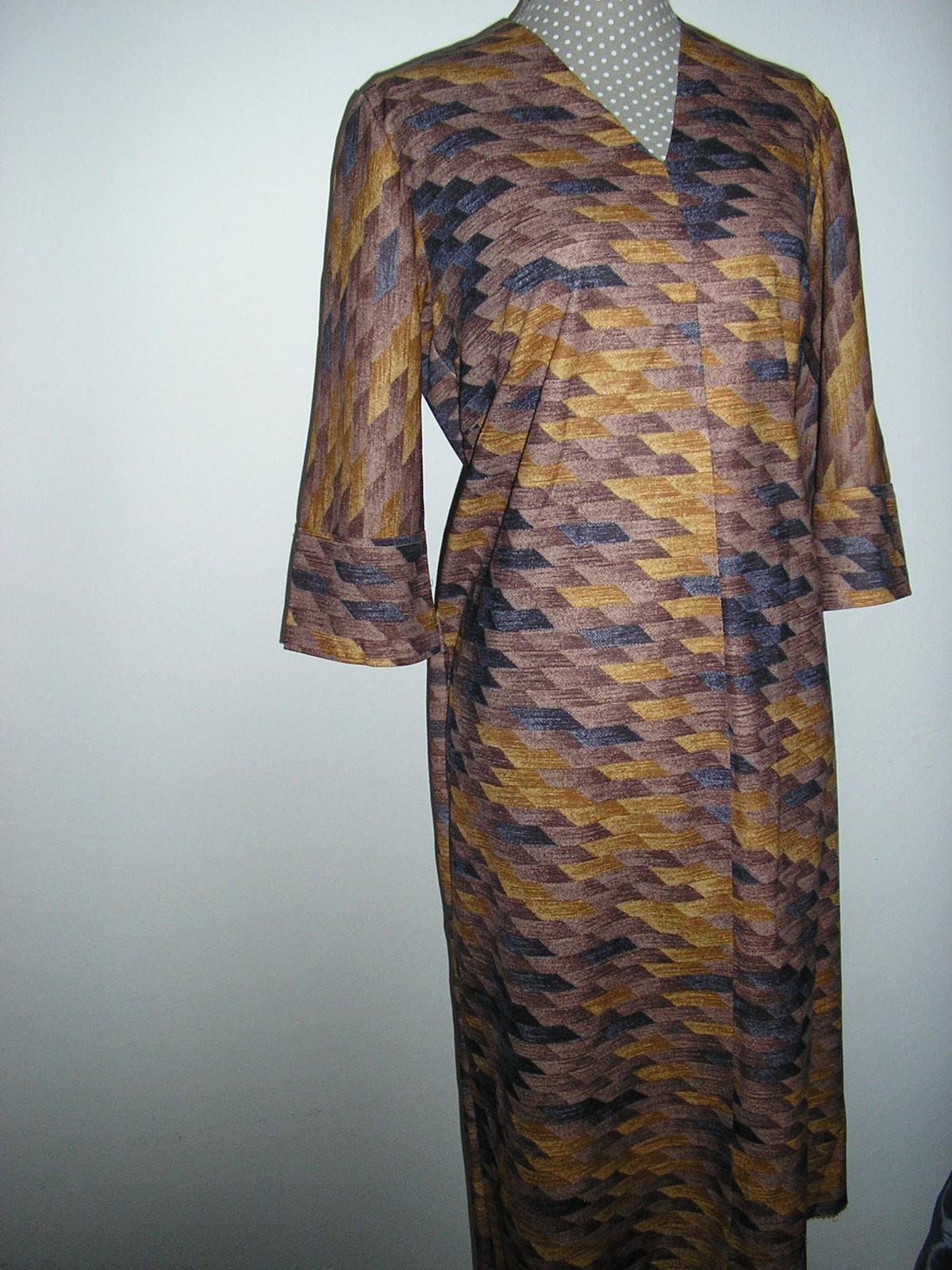 1001 Hnedé šaty - Obrázok č. 1