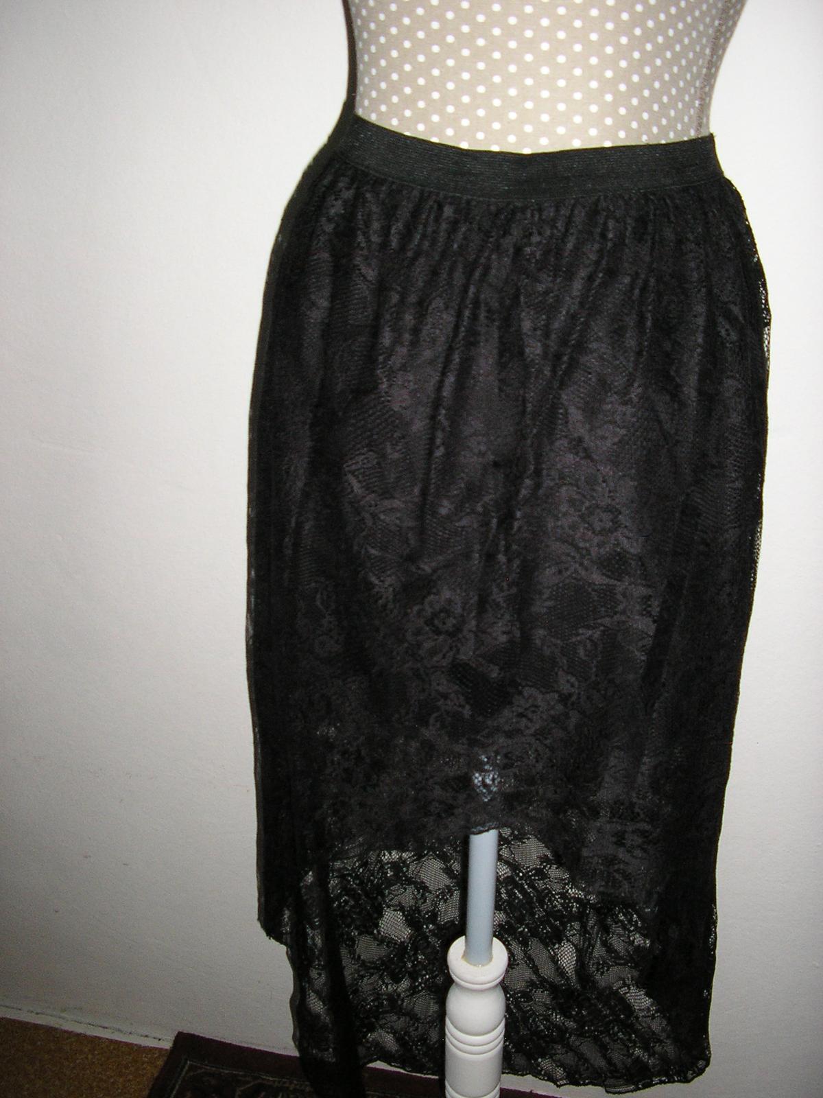 1072. Ginatrikot Čierna čipková sukňa  - Obrázok č. 1