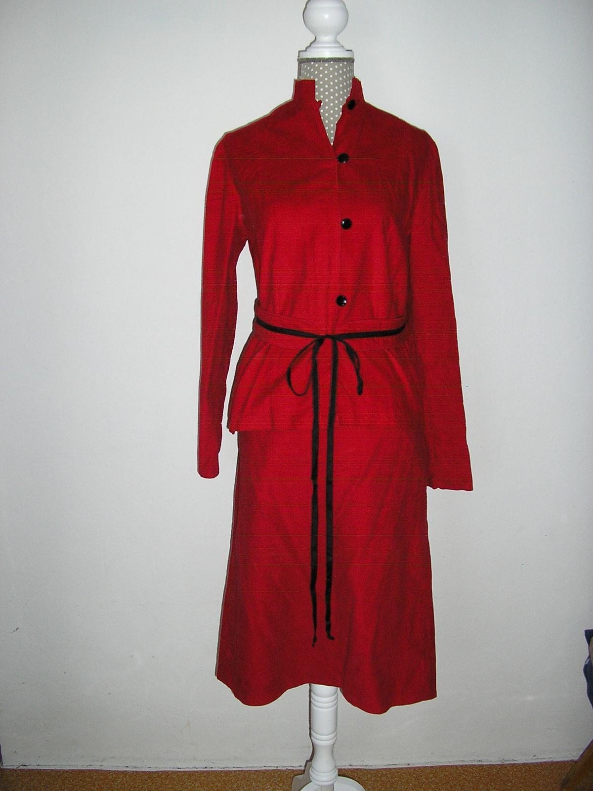 597. Bordový kostým - Obrázok č. 1