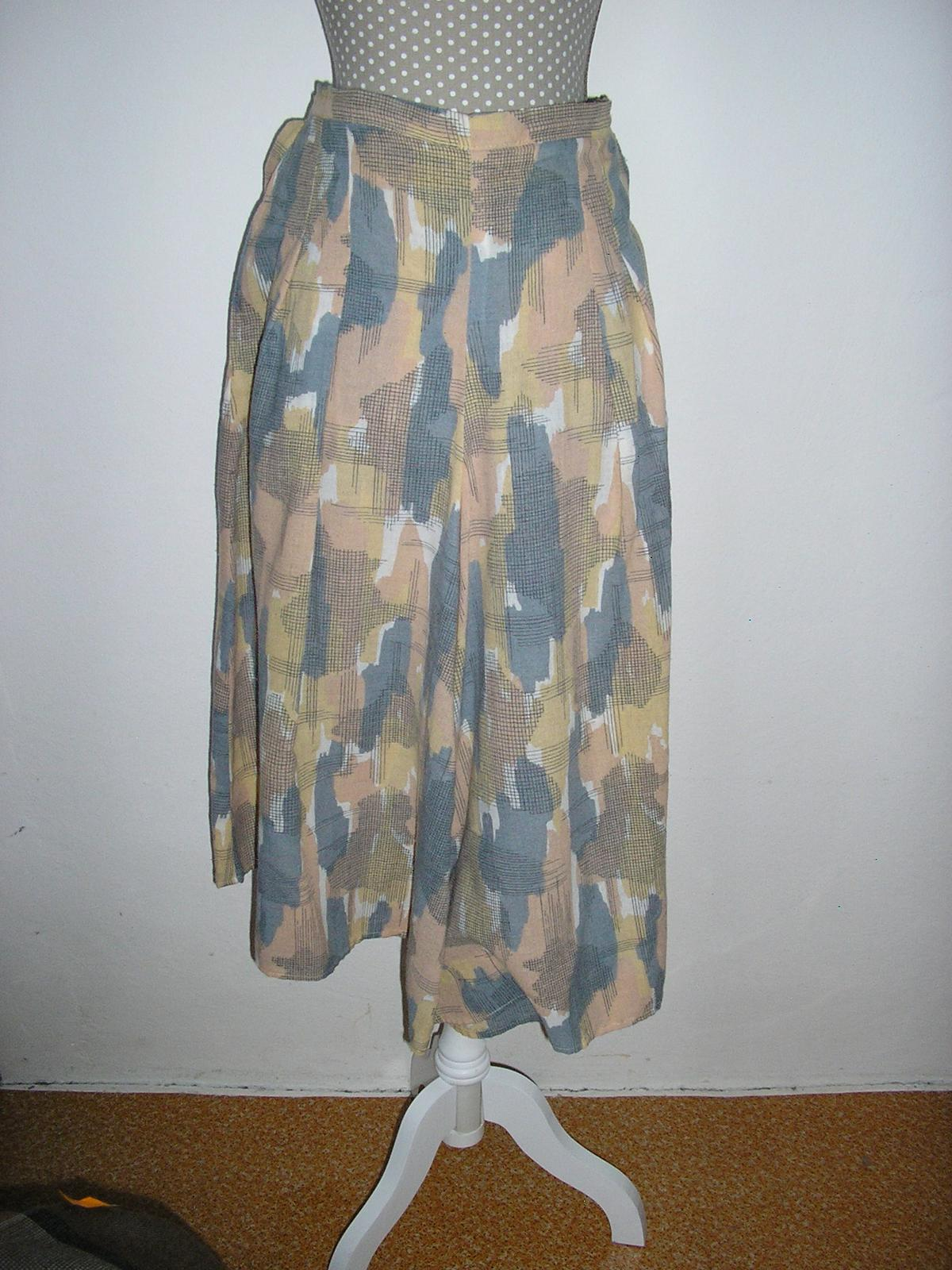 281. Nohavicová sukňa - Obrázok č. 1