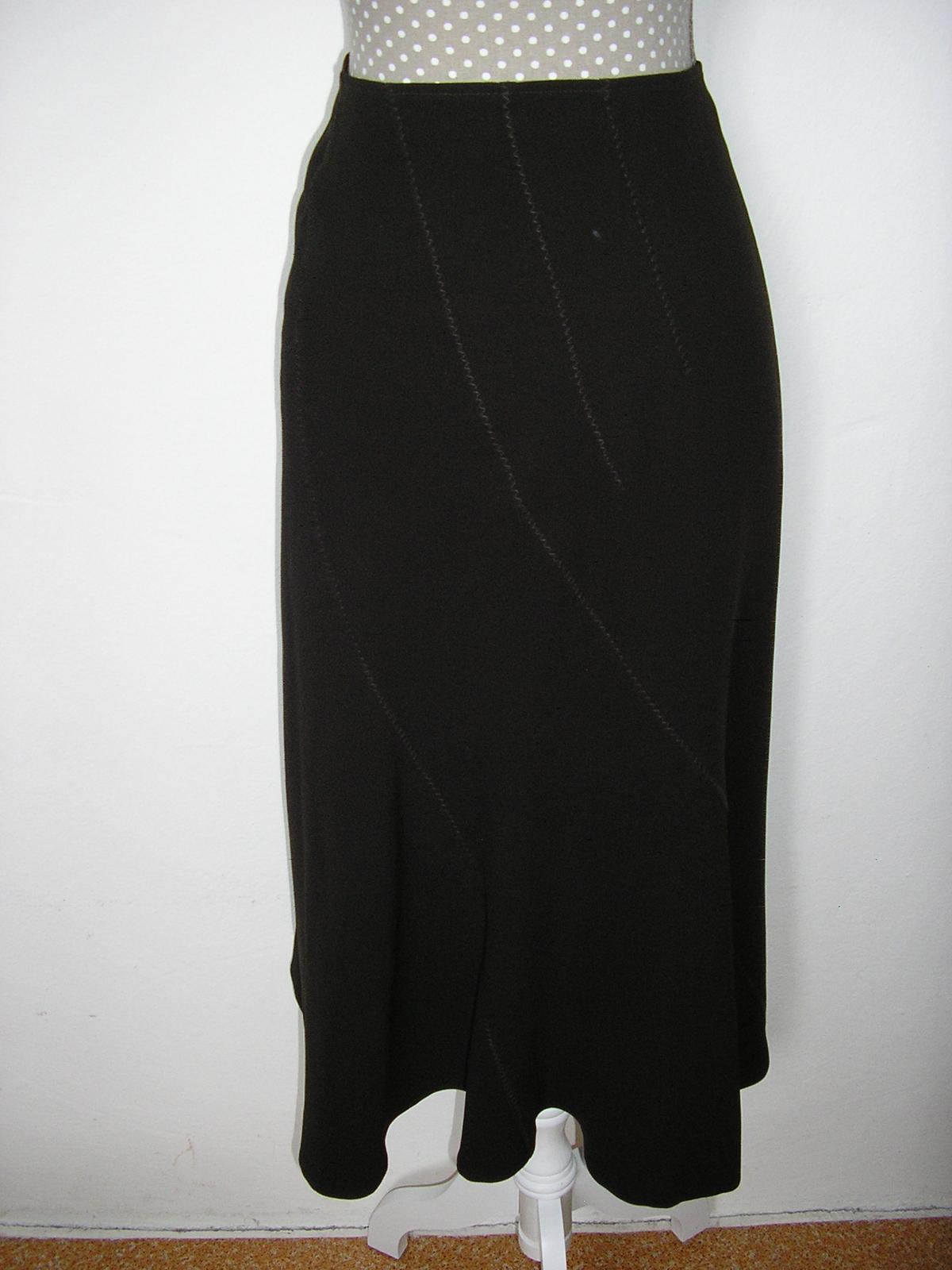 1380. Slávnostná sukňa - Obrázok č. 1