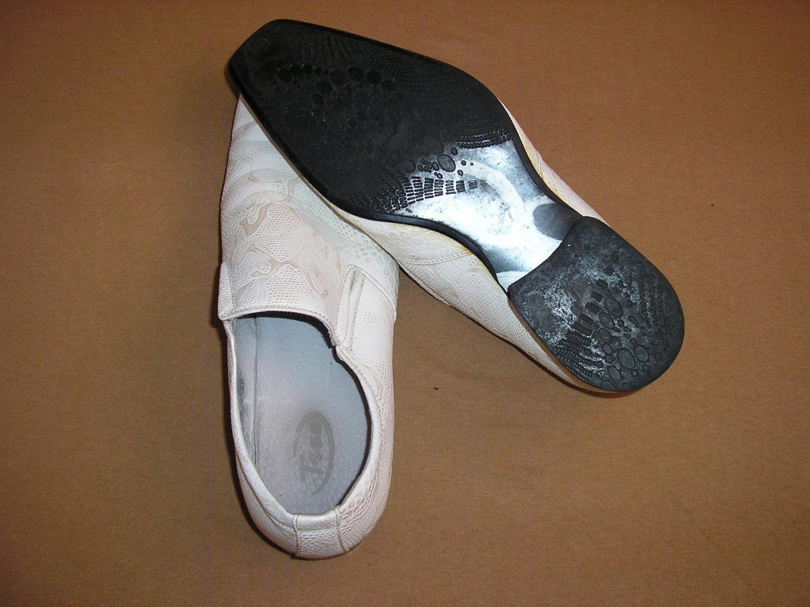 1524. TICO Pánske kož. topánky č. 41 - Obrázok č. 2