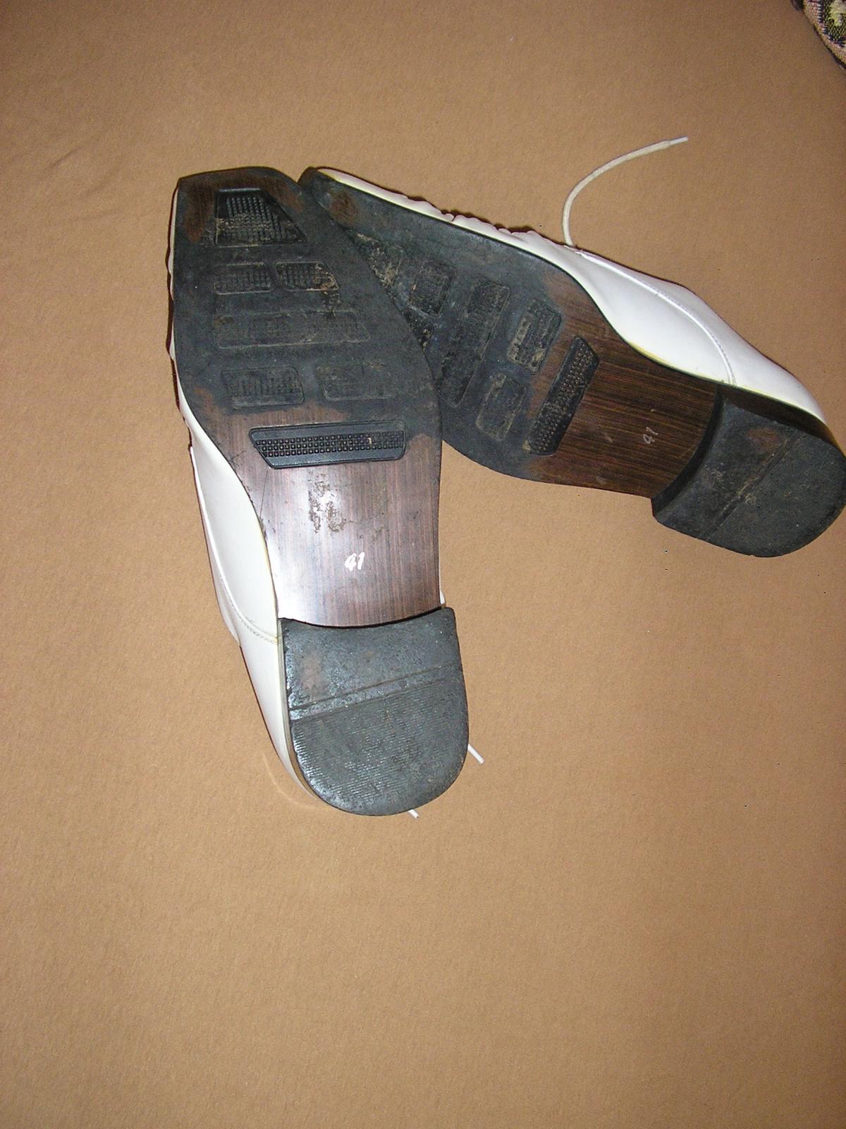 1525. W Super pánske kož. topánky č. 41 - Obrázok č. 3