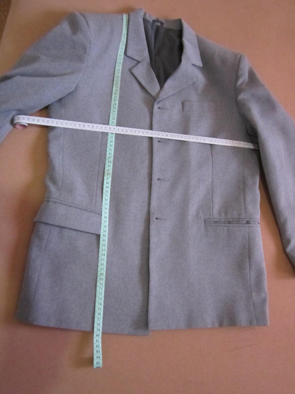1568. Sivý oblek - Obrázok č. 2