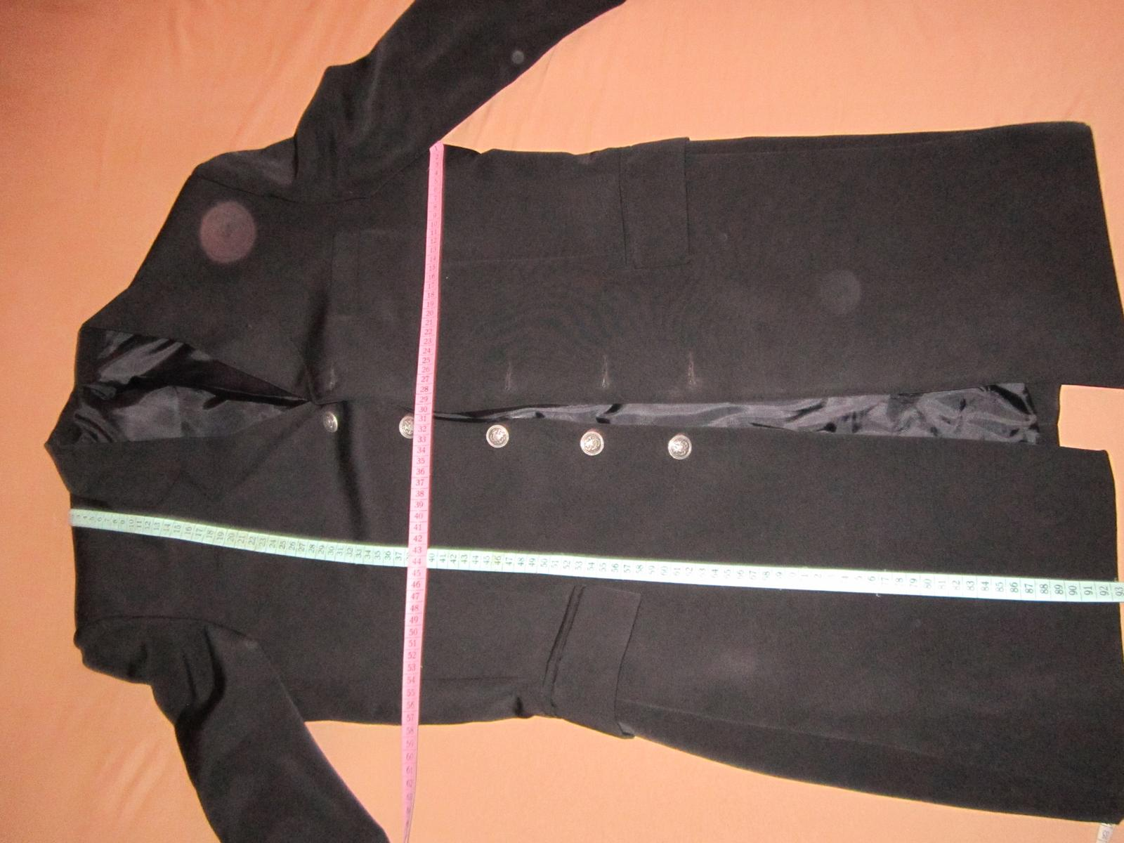 1569. Elegantný oblek - Obrázok č. 2