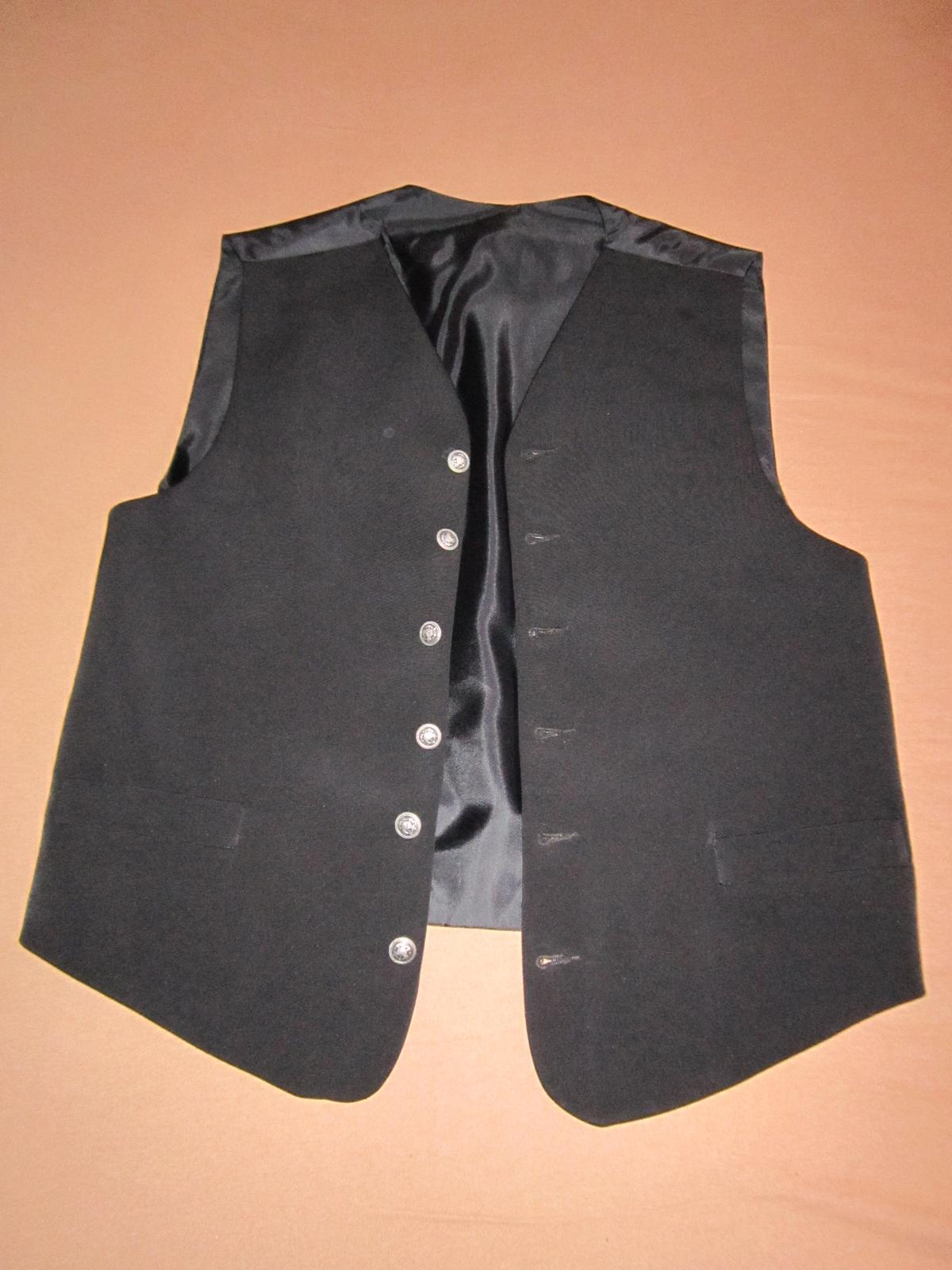 1569. Elegantný oblek - Obrázok č. 3