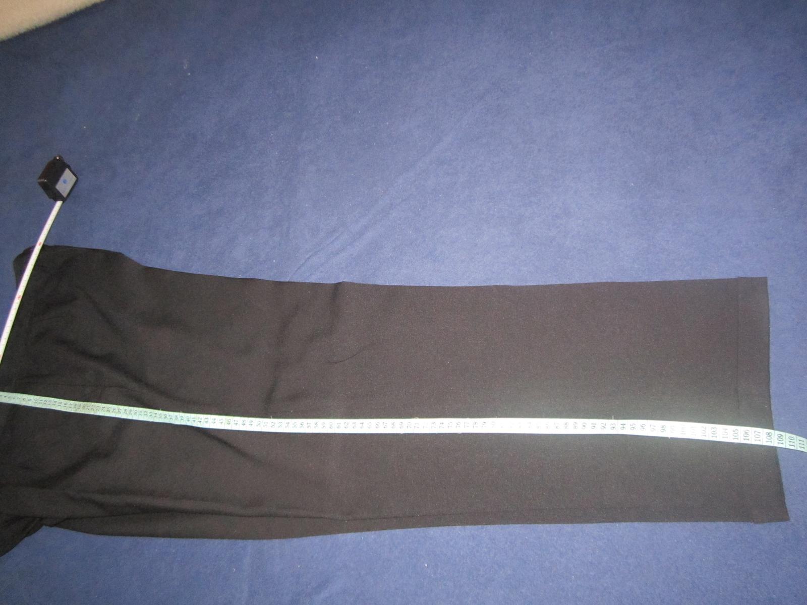 1605. Čierny oblek - Obrázok č. 4