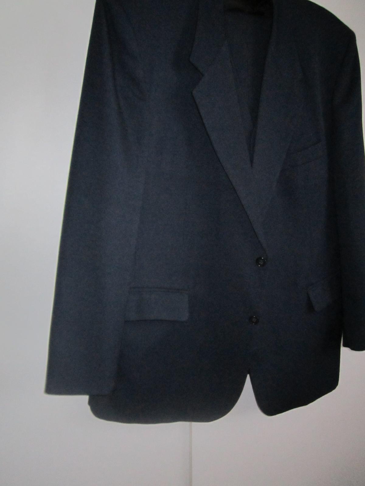 1606. Tm. modrý oblek - Obrázok č. 1