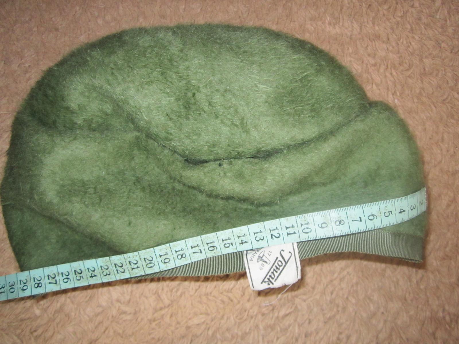 1608. 4 klobúky, baretky  - Obrázok č. 3