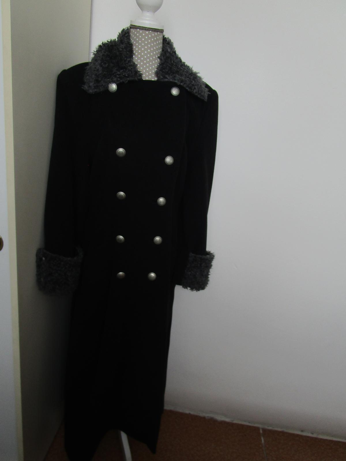 1935. Kabát - Obrázok č. 2
