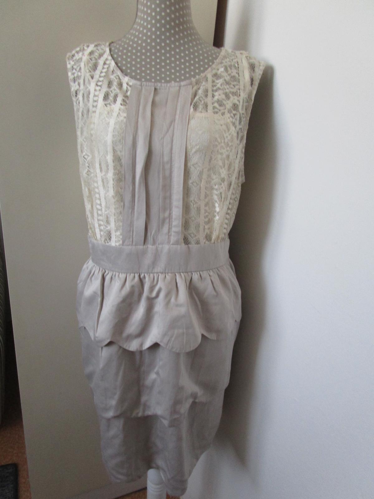 1992. Eleg. šaty - Obrázok č. 1