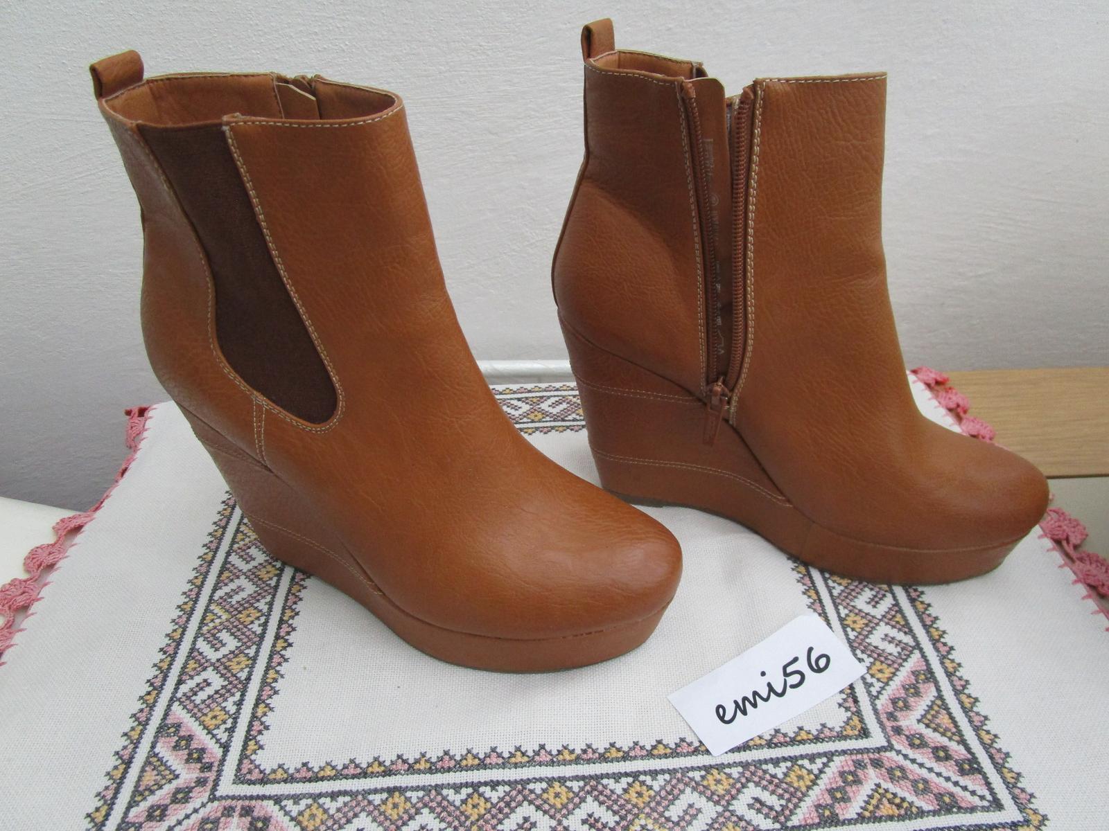 2134. Dámska obuv - Obrázok č. 1