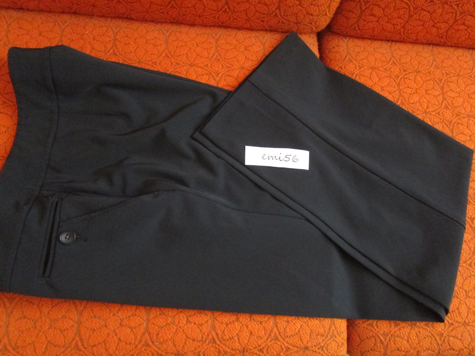 2413. Čierne nohavice - Obrázok č. 1