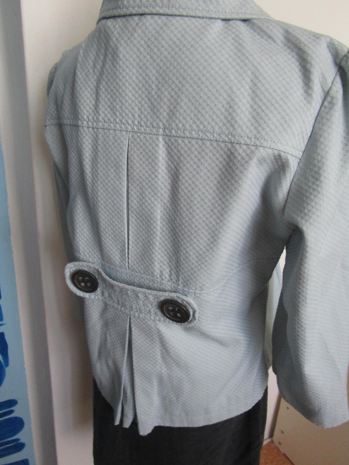 2667. Značkový kabátik - Obrázok č. 3