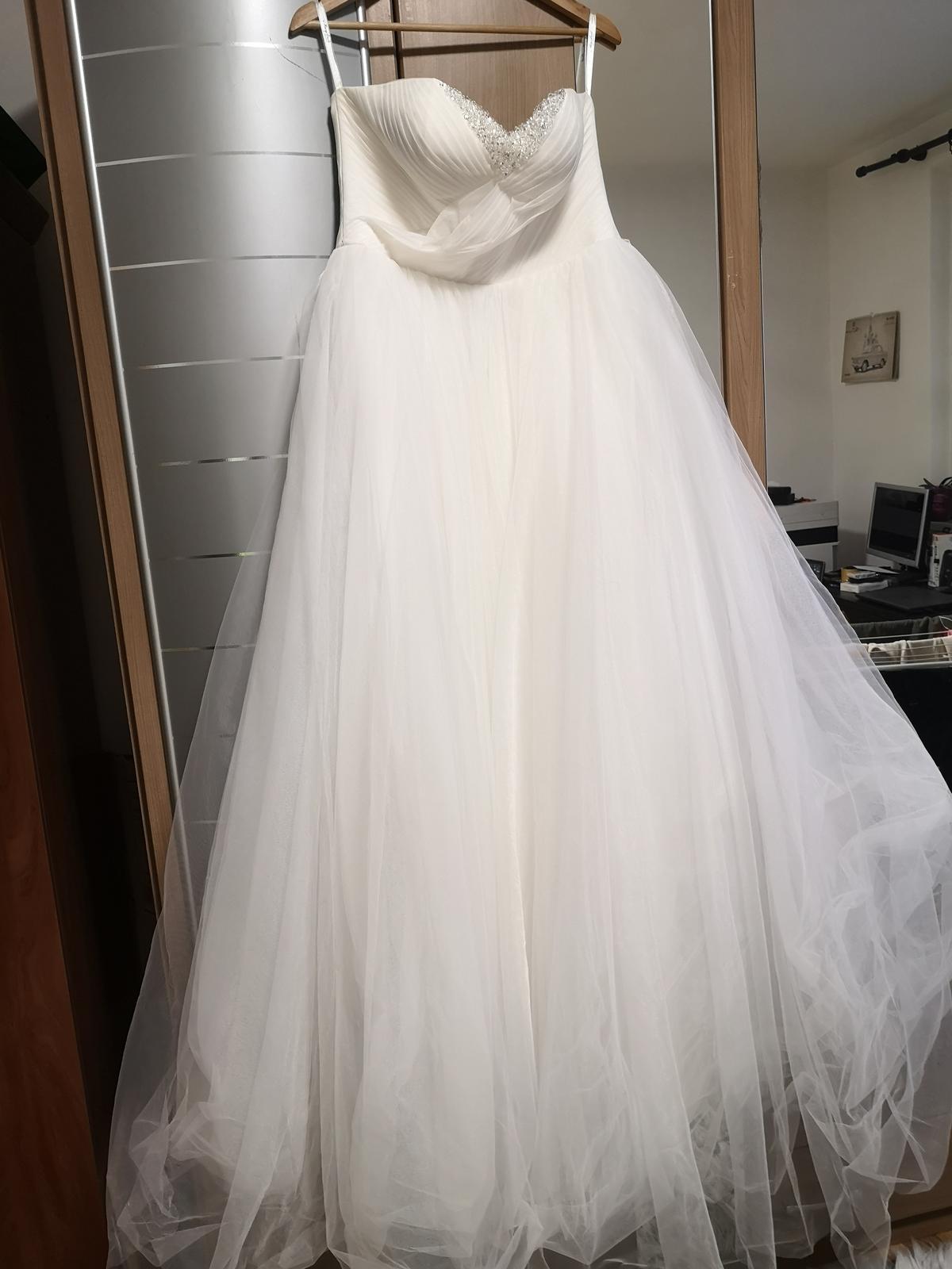 Korzetove svadobné šaty - Obrázok č. 3