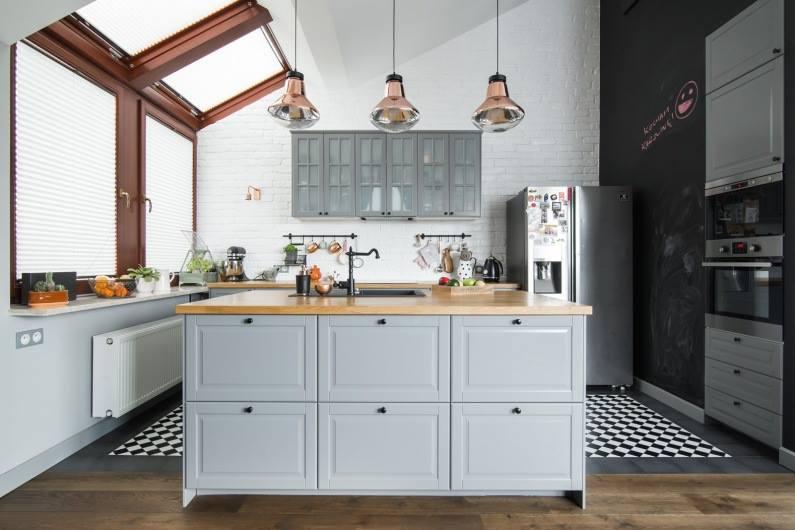 Inspirace kuchyňka - šedá taky hezká,ale nejsem na ní odvážná.