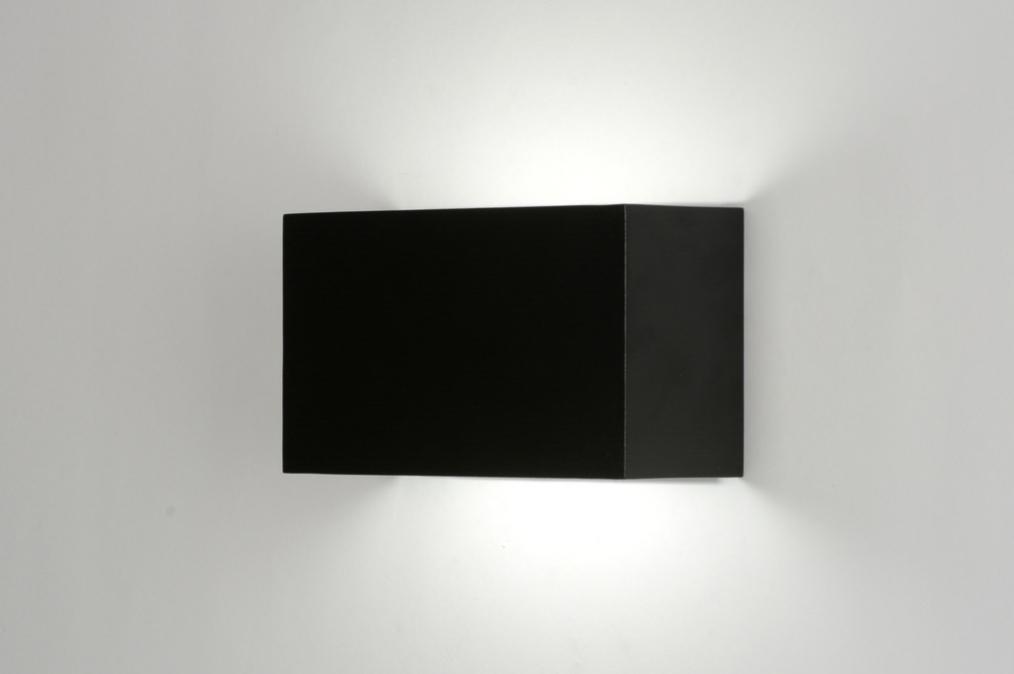 Osvětlení - Venkovní LED svítidlo Caldana Black Classico