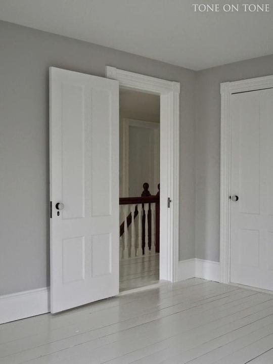 Mám prosbu ??? Líbí se mi moc bílé podlahové lišty. Kdo prosím máte,jak jste spokojeni ?? Hlavně s údržbou? Event. typ ,kde jste pořídili? děkuji :-) - Obrázek č. 1
