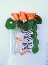 a co tak třeba květinová kabelka ?  :-)