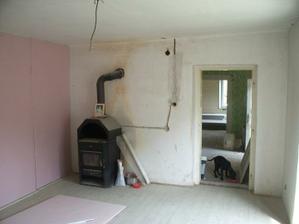 obývačka už po menších úpravach aj s kachlami