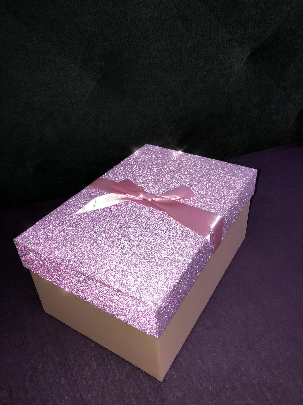 Moje sny ... - Darčekový box pre prvú družičku moju naj naj od detstva 🎁💞