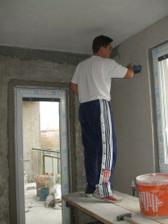 Jeho šikovné ruky premenili steny bytu na niečo neuveriteľné, neda sa to ani popísať