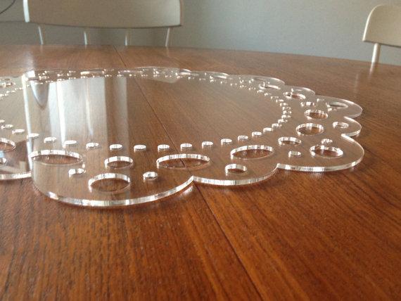 Klubové plastové taniere na svadbu - Obrázok č. 2