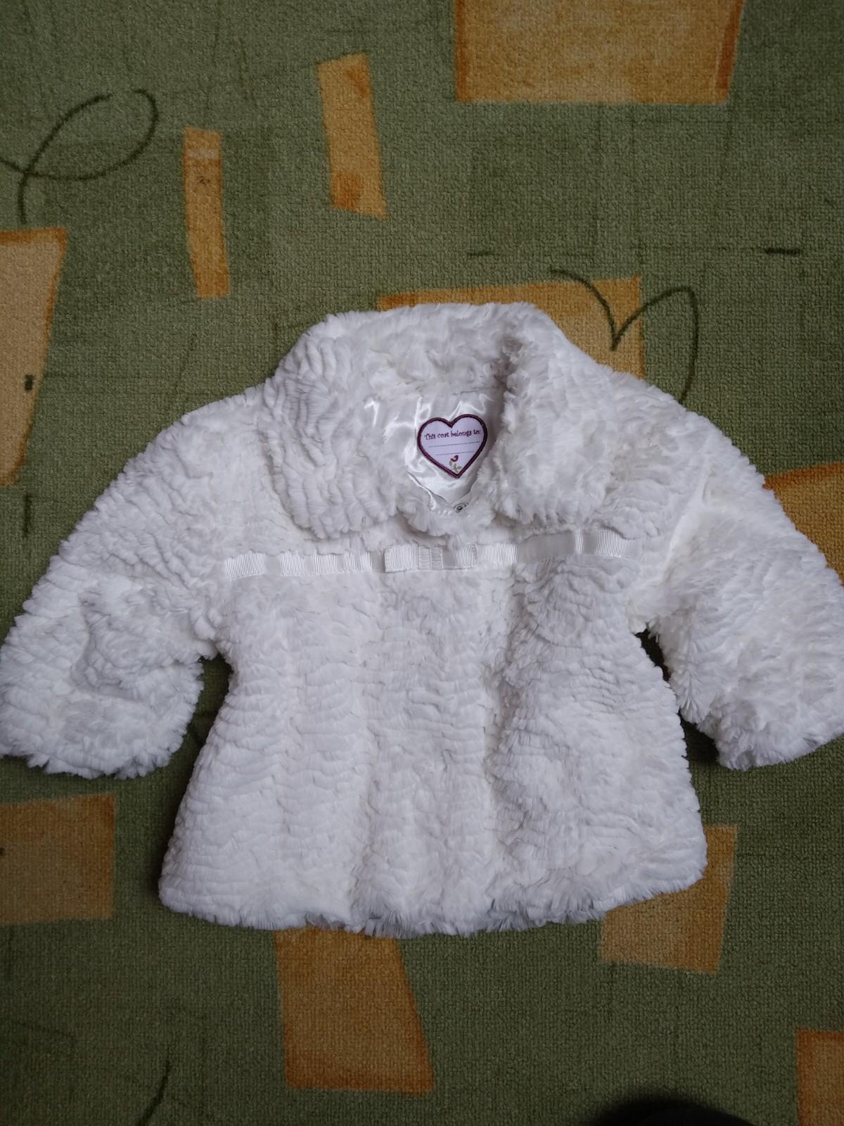 kabátek teplý pro malou družičku - Obrázek č. 1