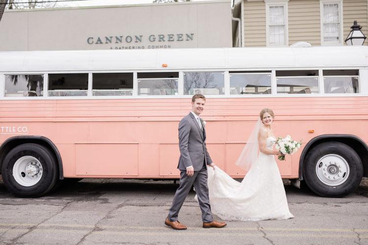 Nežná svadba z Charlestonu - Obrázok č. 2