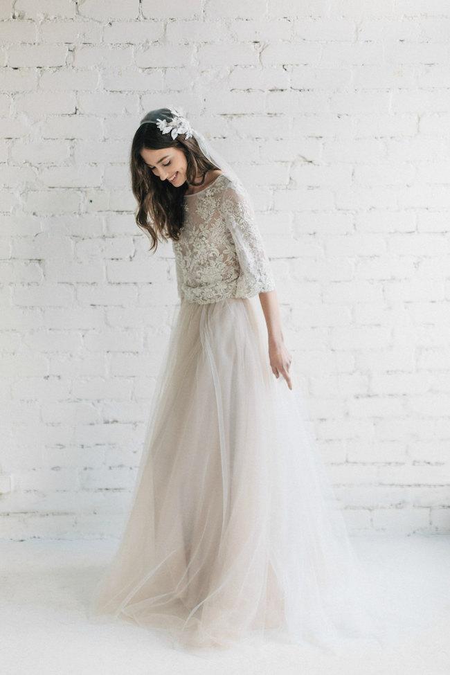 Dvojdielne svadobné šaty - Obrázok č. 6