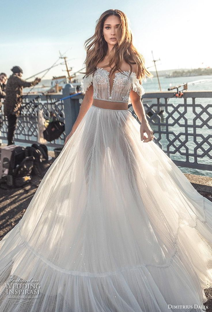 Dvojdielne svadobné šaty - Obrázok č. 28